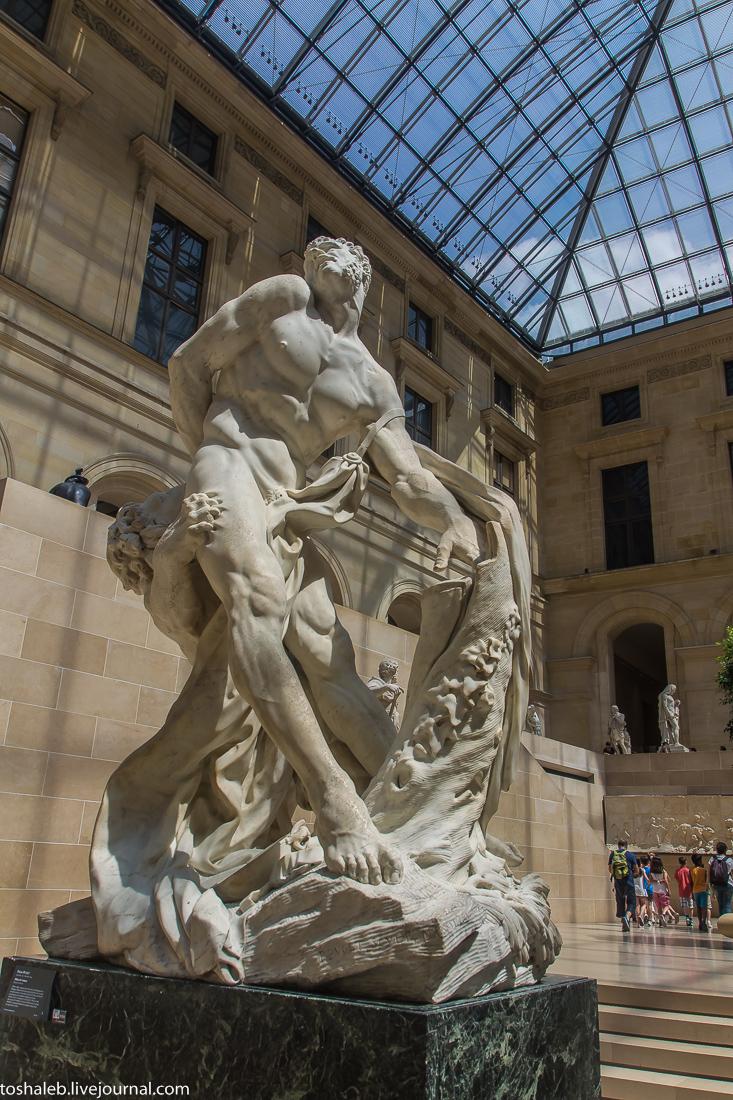 Louvre-84