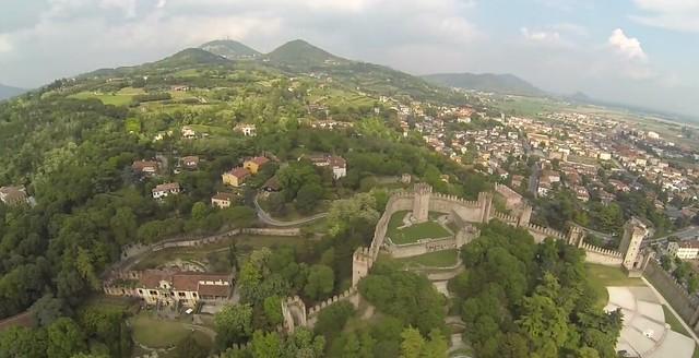 10_Panoramic Este Castle_Hills
