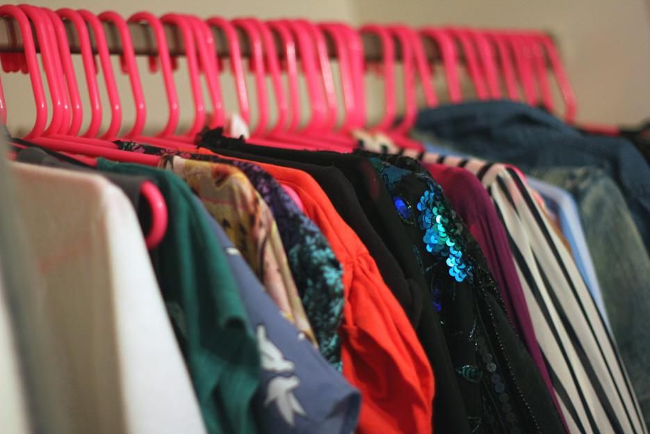 POSE-wardrobe-2