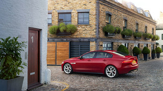 JAGUAR_XE_S_LONDON_02