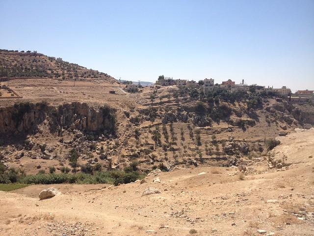 8 kilometer trek to Qasr al Abd