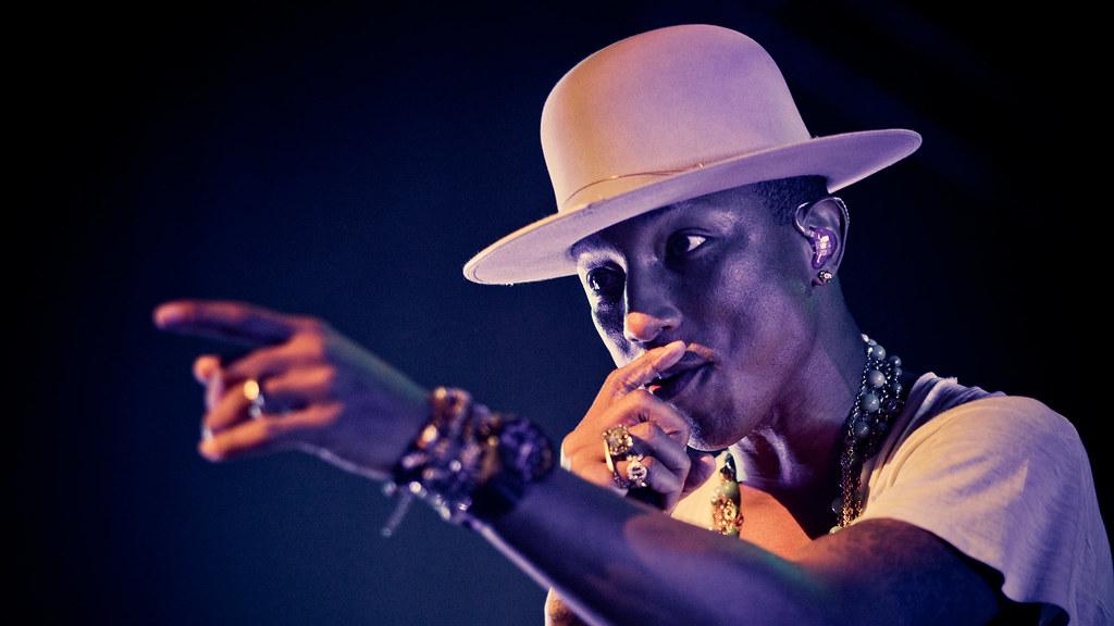 Pharrell Williams - Oslo Spektrum 2014