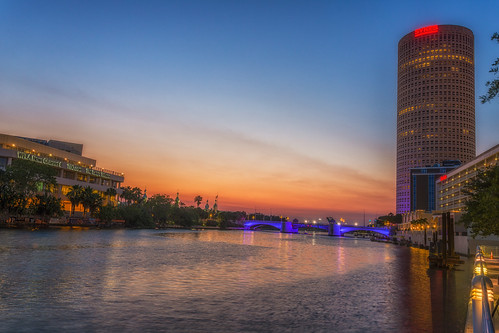 reflection tampa effects florida beercan processing nik hdr hillsboroughriver universityoftampa photomatix sykesbuilding rivergatebuilding