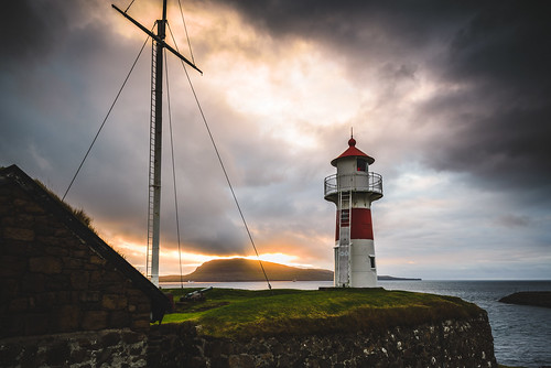 nikond750 lee6gndsoft travel faroeislands streymoy fo färöarna torshavn outdoor sunrise lighthouse