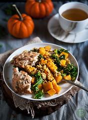 Tofu scramble with pumpkin and kale