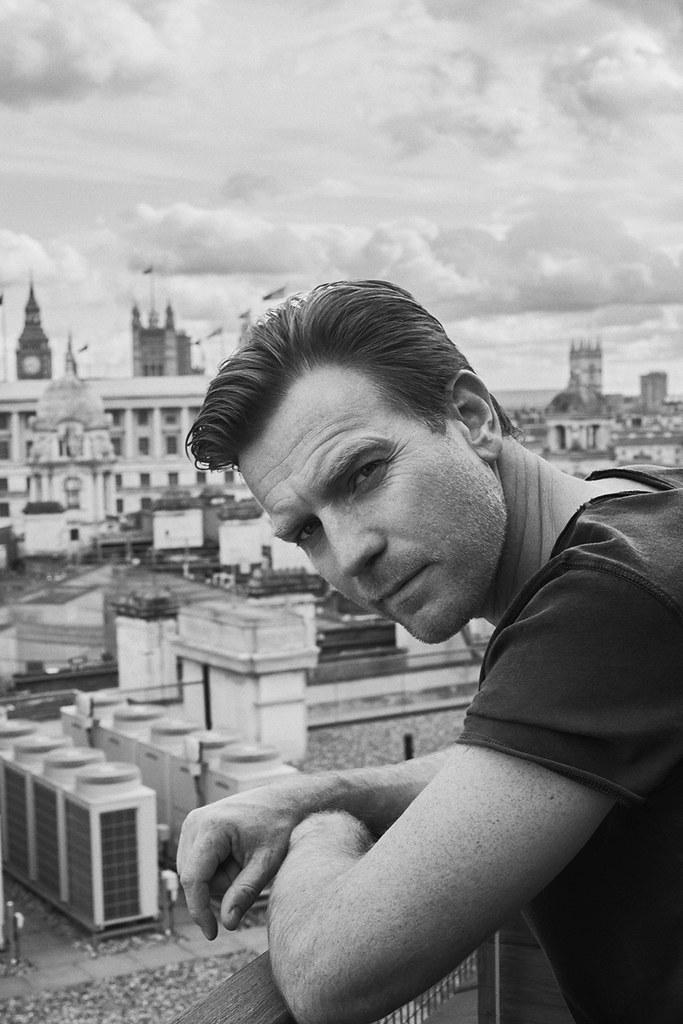 Юэн МакГрегор — Фотосессия для «GQ» DE 2016 – 3