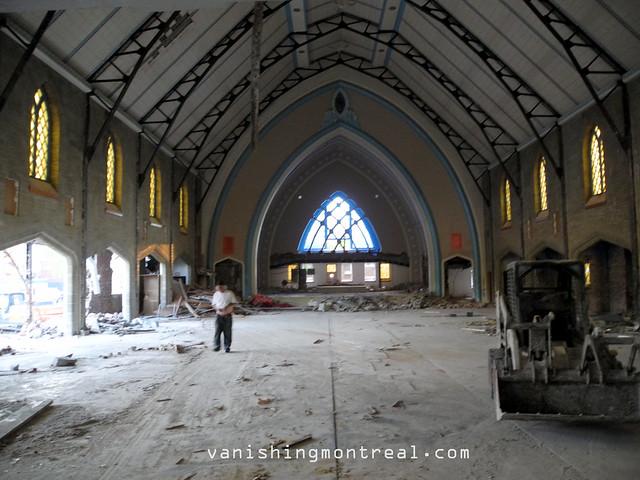 Eglise Notre-Dame-de-la-Paix demolition 03