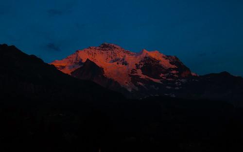 wengenerhof alpenglowjungfrauberneseoberlandswitzerlandlauterbrunnensunset