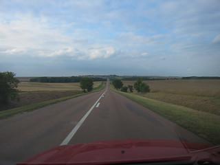 Longue ligne droite sur la D396 en revenant à Vitry le François