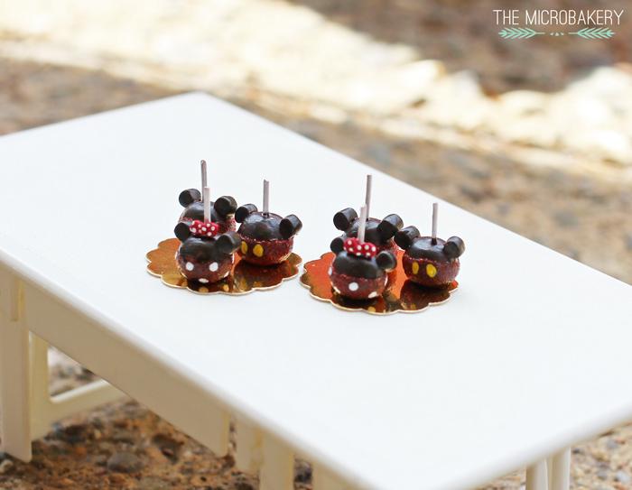 Mickey-Candy-Apple1-(W)