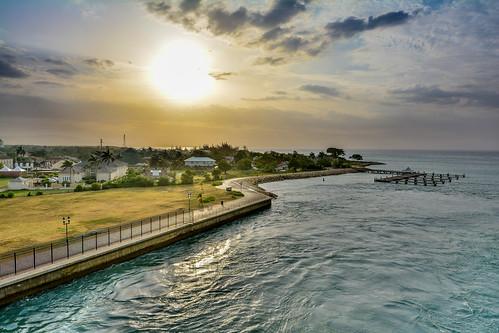 cruise sunset ship oasis jamaica caribbean royalcaribbean falmouth allure caribbeancruise trelawnyparish allureoftheseas oasisclassship