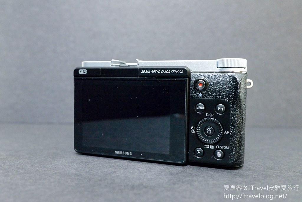 Samsung NX3000 04