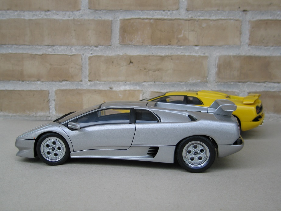 autoart 1 18 lamborghini diablo vt lamborghini diecast cars forums. Black Bedroom Furniture Sets. Home Design Ideas