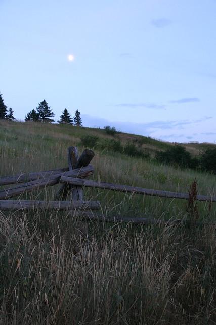 montana moonrise