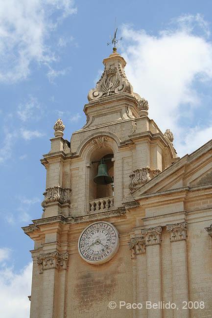 Detalle del campanario. © Paco Bellido, 2008