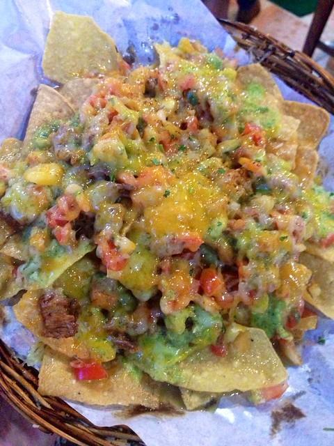 Silantro nachos