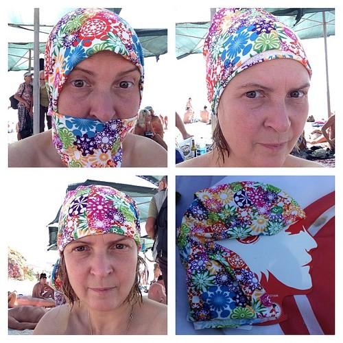 Рома подарил мне модный многофункциональный головной убор под названием buff. Можно даже как хиджаб носить))) #коктебель