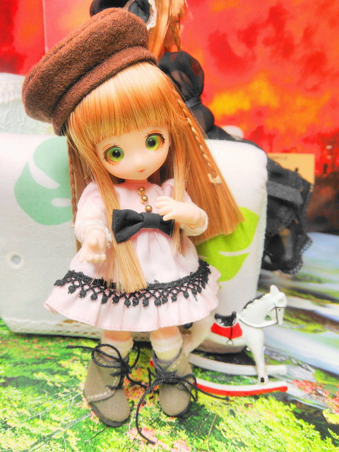 New wig & cloth! (Her first anniversary, Jul. 23, 2014)