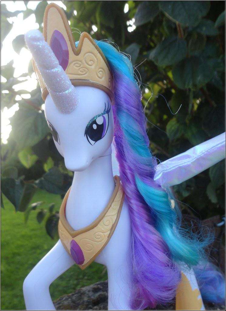 Princesse Celestia blanche