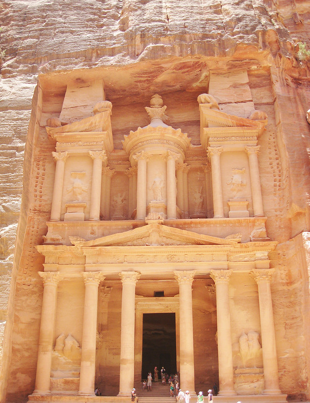 Image of the famous Treasury that will be one of the first things you'll see when visiting Petra, Jordan