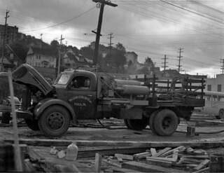 Vacuum concrete process on Fairview Avenue Trestle, 1948