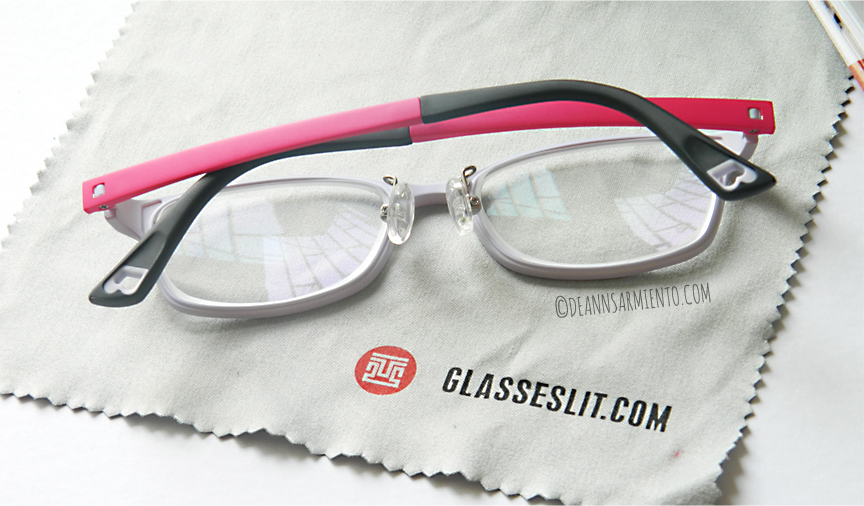 Glasseslit Eyeglasses back design