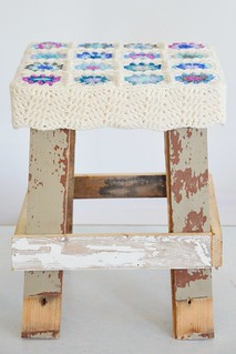 wood & wool stool claire