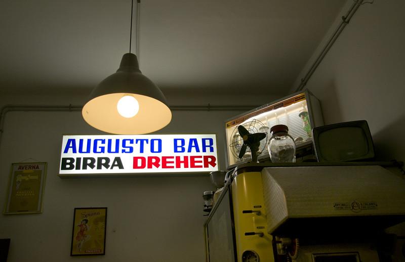 Augusto Bar