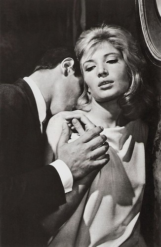 Monica Vitti and Alain Delon in L'eclisse (1962)
