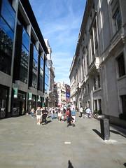 A street wtih no cars