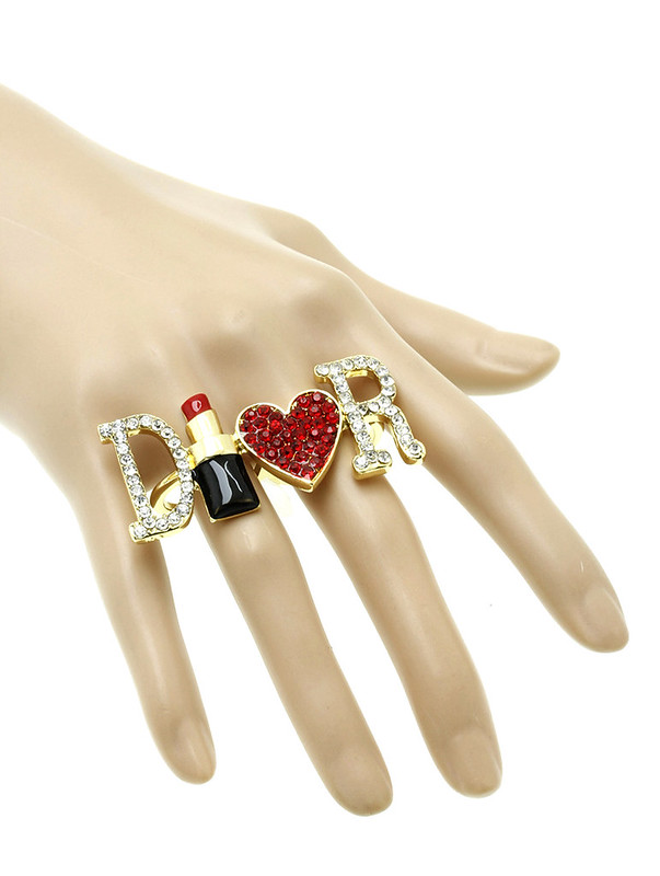 Valencia Lipstick Heart Knuckle Ring Gold1