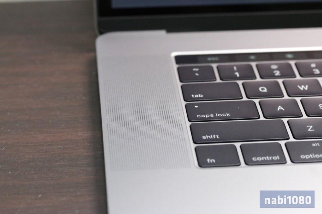 MacBook Pro 15インチ13