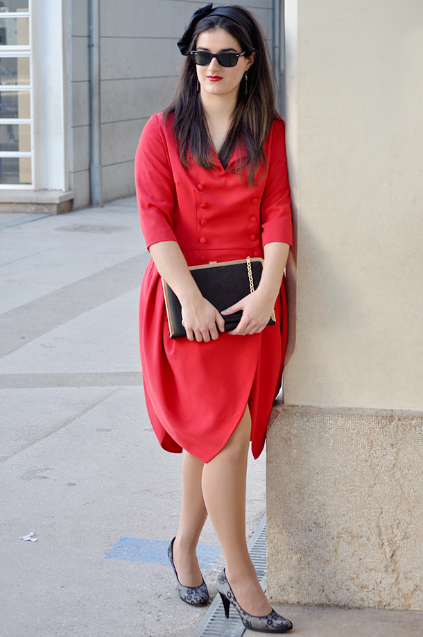 something fashion red dress tulip vintage original vintage market valencia local store, blogger spain gloria ortiz lace shoes madame mim piano clutch fblogger
