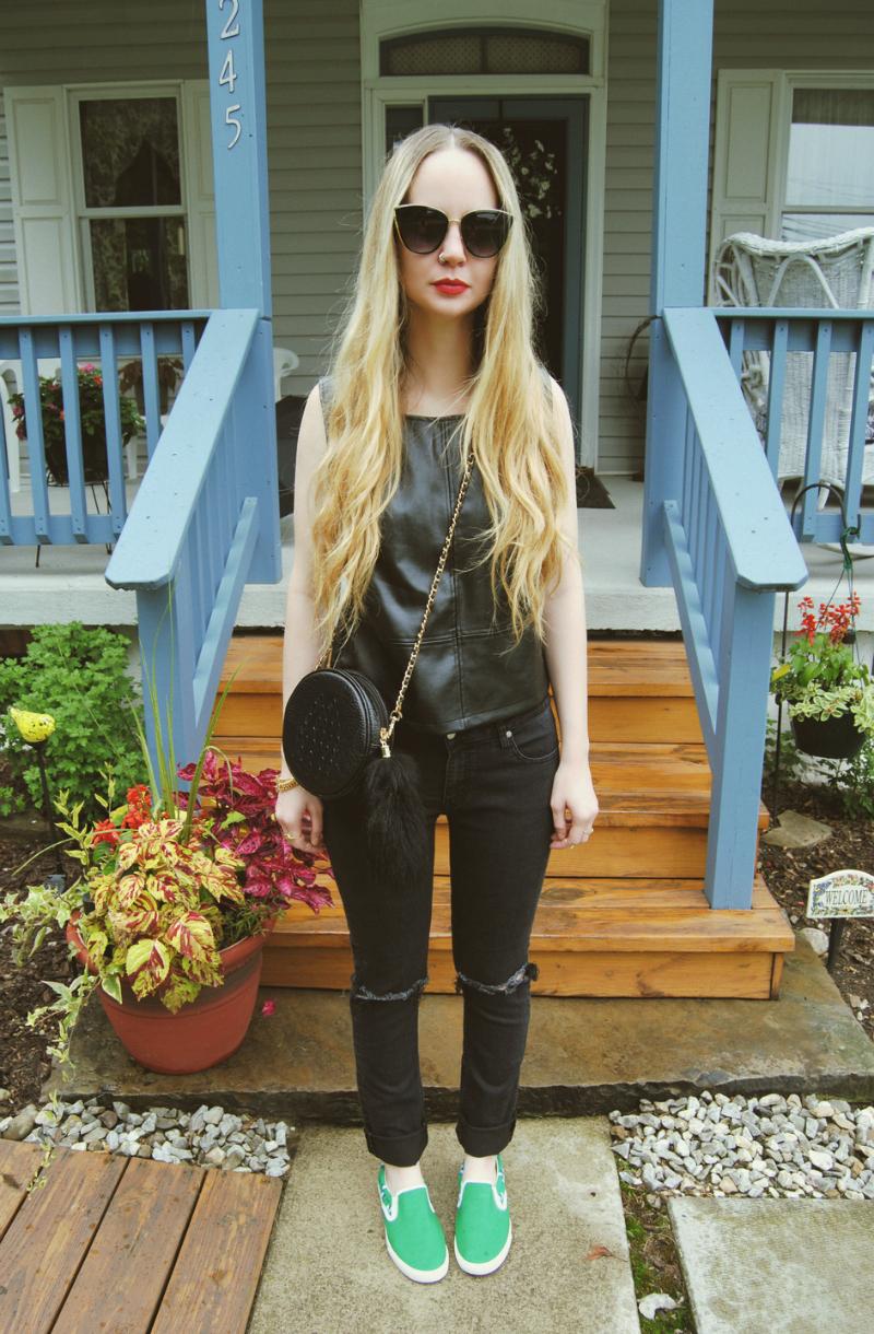 LeatherTankTop_DBrandBlackJeans_BucketfeetSlipOns_NastyGalBag_ZeroUVCatEye