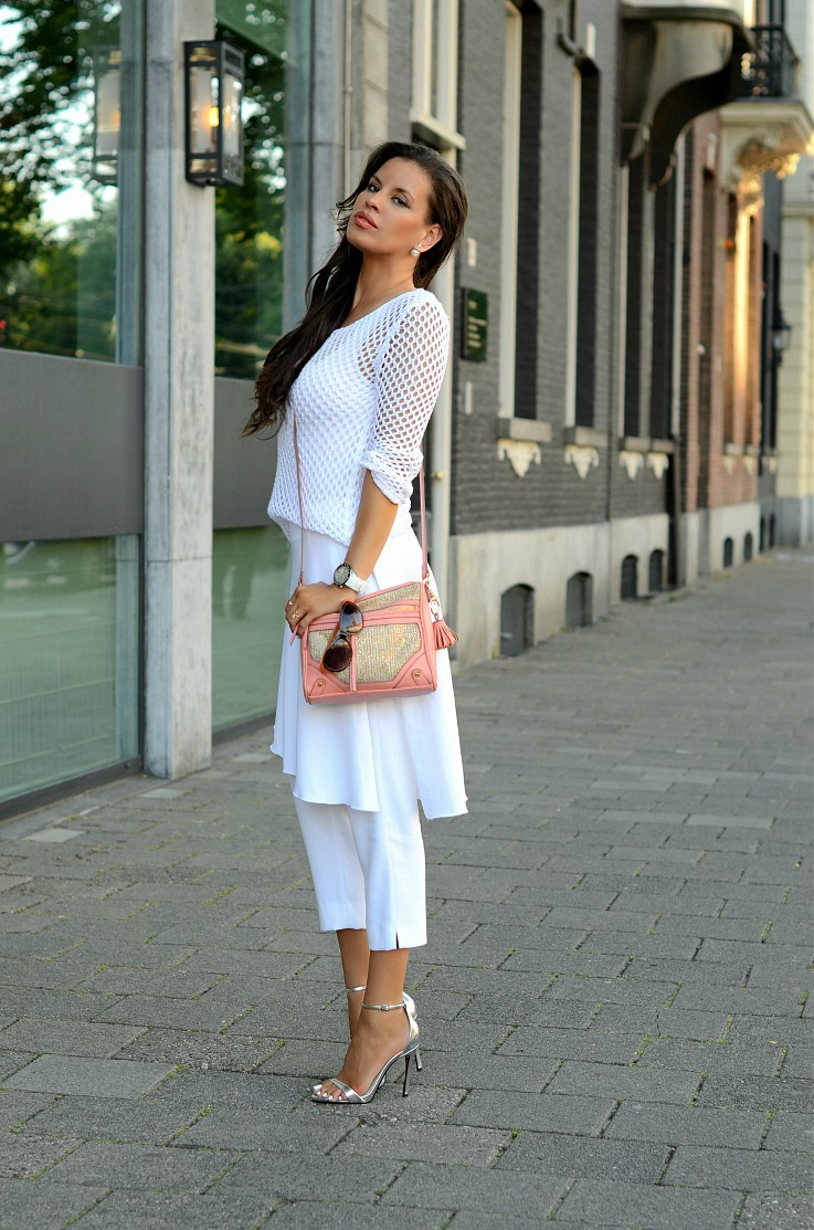DSC_6375 Zara white skirt pants, Mise En Dior Earings, Jessica Simpson bag2