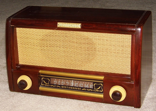 Vintage Westinghouse Wood Table Radio, Model H-157, 6 Tubes, Broadcast Only (MW), Circa 1947 - 1948 from Flickr via Wylio