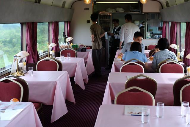 Photo:2014-08-10,食堂車「グランシャリオ」,寝台特急「北斗星」 By rapidliner