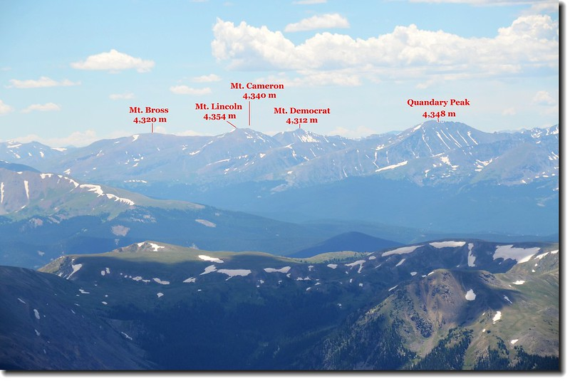 Looking SW to Mosquito Ranges from Grays peak 2-1
