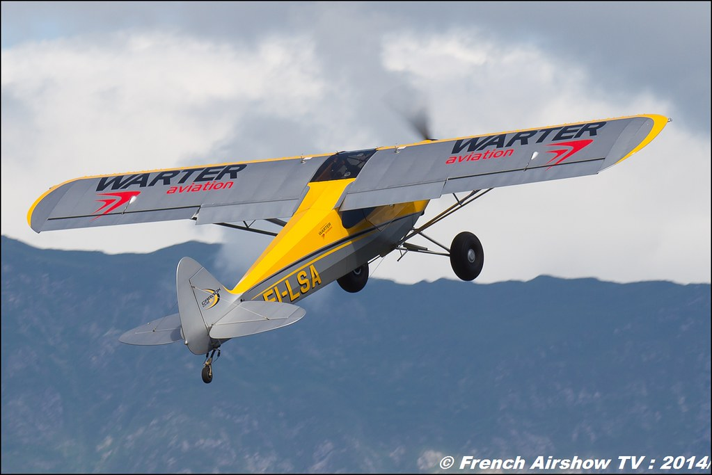 Carbon Cub SS , EI-LSA , Meribel air show 2014