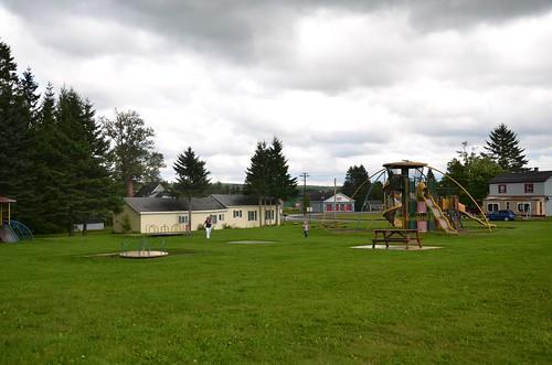 playground maine violet vanburen sue 2014 afsdxvrzoomnikkor18105mmf3556ged august2014