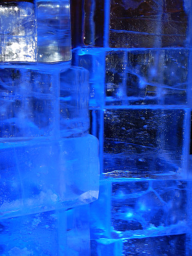 Illuminate Yaletown: Blue Ice Sculpture