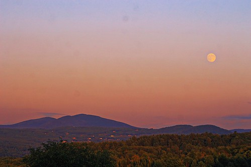 mountains berlin vermont fullmoon goldenhour barre