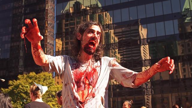 Vancouver Zombiewalk 2014 | Vancouver Art Gallery