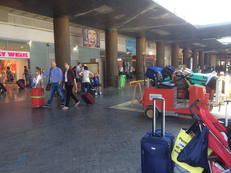 ベネチアサンタルチア駅に到着