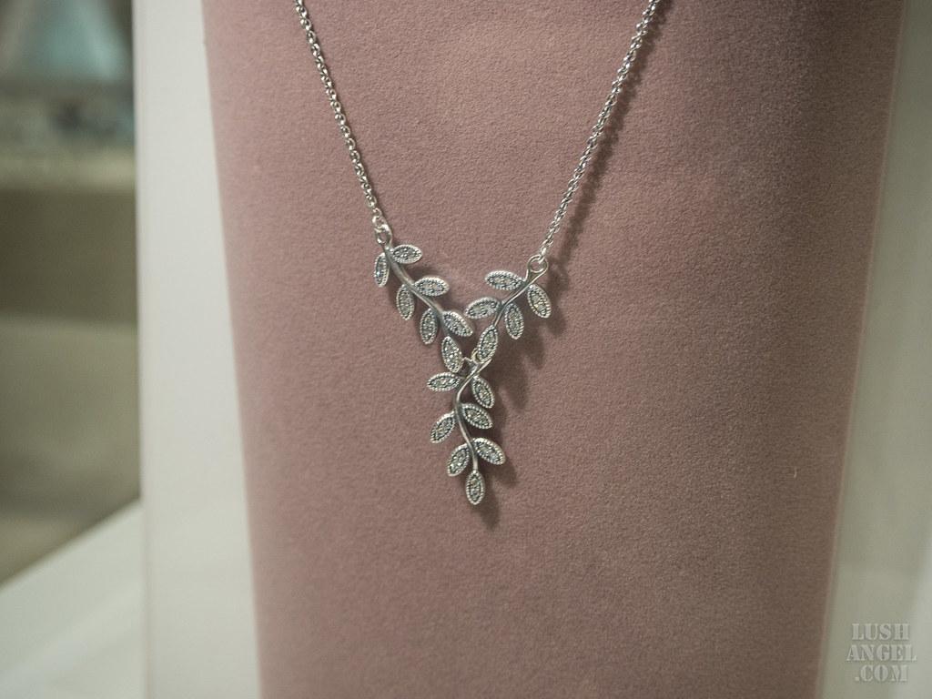 pandora-autumn-necklace
