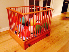 Playpen / wooden box with drawers - RESERVED