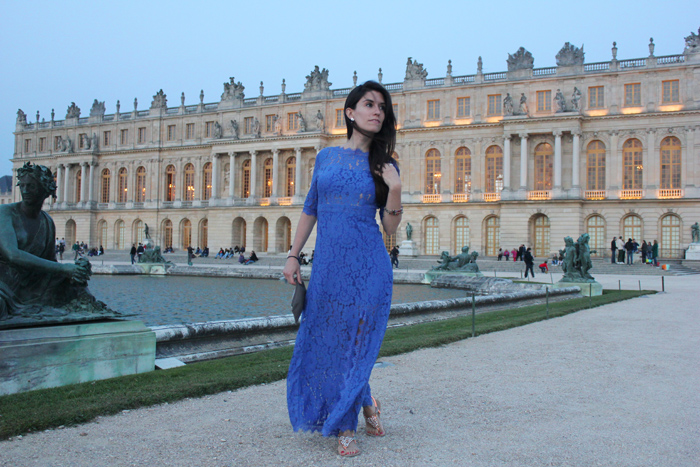 fashion blogger, fashion blog,  cmgvb,luxury, versailles, grandes eaux nocturnes, chateau de versailles, lace dress, blue dress, blue lace