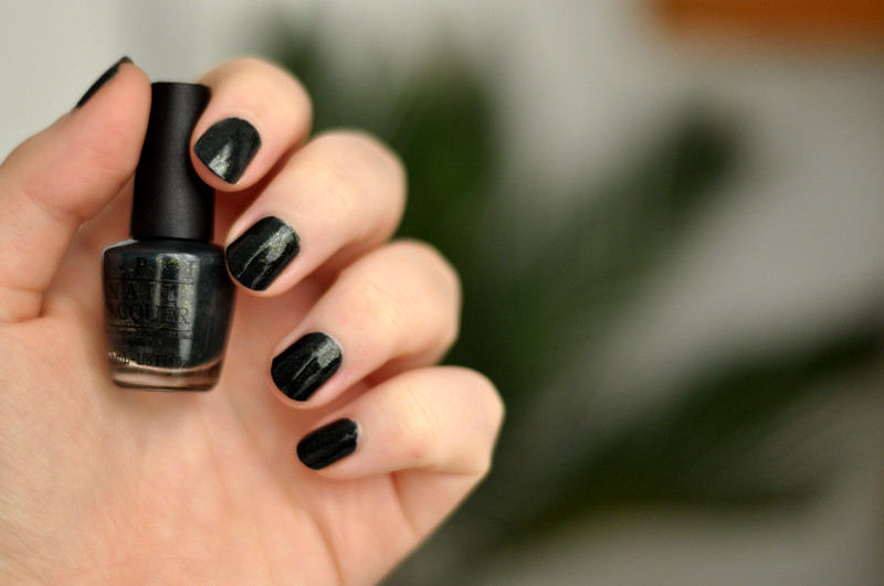 notd opi live and let die nail polish rottenotter rotten otter blog 3