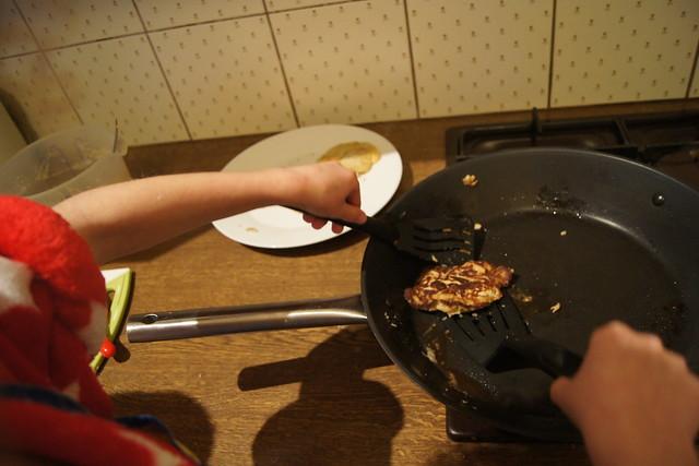 Gluten free banana pancakes DSC09830