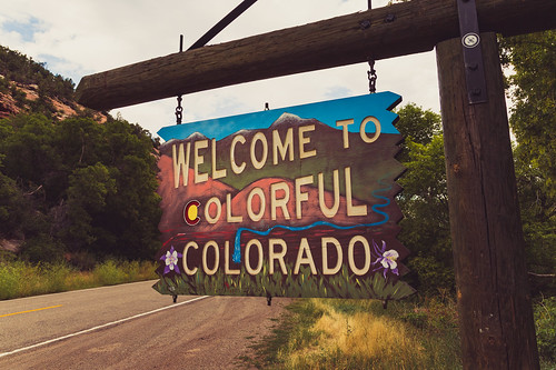 colorado coloradohighway90 utah utahhighway46 sign welcome welcomesign welcometocolorado bedrock unitedstates us